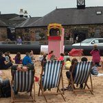 #GROnTheBeach | Punch and Judy is underway! Back tomorrow at 10am! http://t.co/AElnS7YnSP