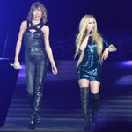 Another day, another amazing guest! Watch @taylorswift13 & @avrillavigne sing Complicated: http://t.co/a1QkBt8NDQ http://t.co/vI8dzbZfsM