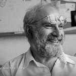 Oliver Sacks, the neurologist and acclaimed author, has died at 82 http://t.co/BMbbtgKSp6 http://t.co/oll0bDF51w