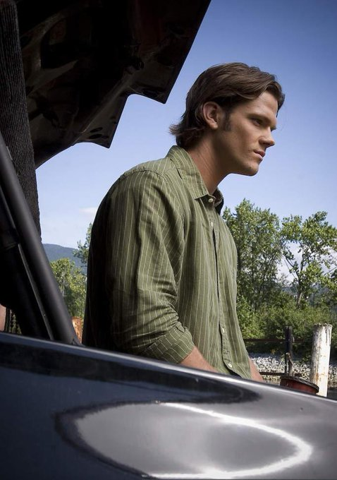 Have a great Sunday guys! :)) ♡  The boys and the Impala *-* #SPNFamily #Supernatural http://t.co/SJjBL5s4Vf
