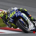 @ValeYellow46 wins the #BritishGP in @SilverstoneUK and leads the 2015 #MotoGP World Championship #dainesecrew http://t.co/pSqPRbjWs5