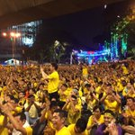 #Bersih4: With just hours to go to our National Day, the crowd continues to swell around Dataran Merdeka. http://t.co/1MxqeqwR83