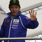 Rossi vince, podio tutto italiano nella MotoGp http://t.co/fxkEfIYuVg http://t.co/TDjYwFxvFP