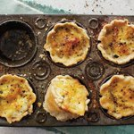 These individual, itty-bitty quiches are great for Sunday brunch with the family: http://t.co/wrJPbNpolV http://t.co/4XxzlUcgEK