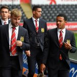 The #mufc players have arrived - well have confirmed team news for you at 15:00 BST. http://t.co/gpEpp2P8Ff