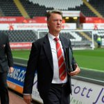 Louis van Gaal arrives at the Liberty Stadium - today marks his 50th competitive game as #mufc manager. http://t.co/VwuswyDNkF