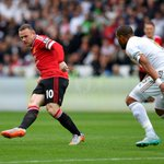 PIC: #mufc skipper Wayne Rooney in action v Swansea. http://t.co/KTUGbEJjOw