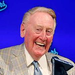 Vin Scully says 2016 will be his last season in the broadcast booth for @Dodgers http://t.co/oyKGzEfks5 http://t.co/2o63SlMn1i