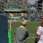 Big fans of Seattle goals, these two. @SoundersFC up 1-0. ???? #SEAvPOR http://t.co/fUdAM8VTuU