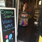 Who the heck opens a video store in a neighborhood full of tech nerds? http://t.co/oChrVJ7baD
