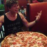 Why is Ashton so proud of a pizza #sheskindahotvma http://t.co/Ow81T2Z1io