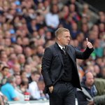 We leave you with this image of today - a big thumbs up from boss @GarryMonk16! #swans http://t.co/A2CEq5Kqet