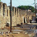 The vanishing walls of #Hyderabad. #walledcity http://t.co/yqmkwUn24M @tlalithsingh http://t.co/2J3YdRcRQv