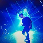 O.M.G. WHAT DO YOU MEAN???? #BIEBERISBACK #VMAs http://t.co/UGK1lF4O8F