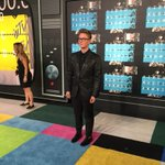 grew up watching the #VMAs every year, now im on the carpet. pretty cool. http://t.co/UHqtzbXH2X