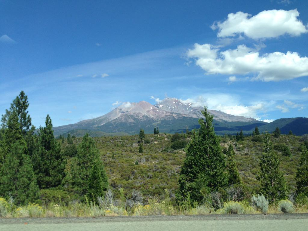 Not climbing #Shasta on this trip. #Oregon here we come #tourdefox #soshast