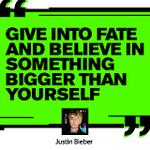 MTV: 👏👏👏 @JustinBieber 👏👏👏 #VMAs 👏👏👏 http://t.co/fgZUXkE24l