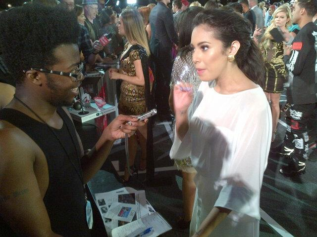 Absolutely stunning @jasminevillegas chatting with @latimes @trevellanderson http://t.co/NsIKnYIU6q