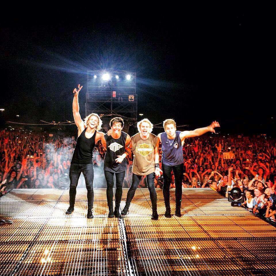 We have all voted for #ShesKindaHotVMΑ   Make sure you guys vote for @5SOS