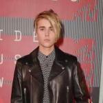 @ Justin Biebers new hair http://t.co/XT6Dm2T528