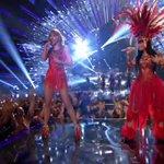 AVISA PRAS MIGAS QUE TRETA ERA TODA FAKE! #VMAs http://t.co/qTTxBQqlNz