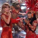 Nicki Minaj and Taylor Swift squashed the beef. #VMAs http://t.co/hvQFs58d6A