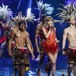 #VMAs Premiação acontecendo e ainda estamos pensando nos dançarinos... http://t.co/d598SZaTBk