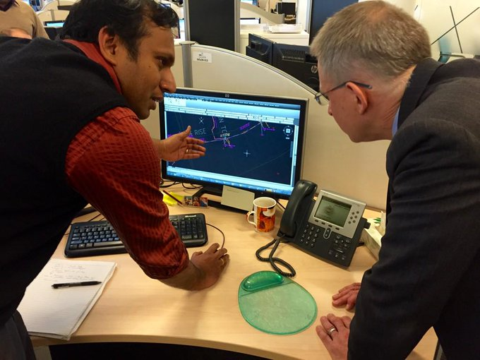 Being shown network designs while visiting #nbn NSW Regional Deployment   Team at their Pennant Hills office #commsau http://t.co/rnOeN4bfPU