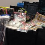 $100k worth of the drug ice, guns & stolen property seized after raids by #Midland detectives #opsweep #perthnews http://t.co/b78qhY77TL