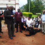 Fayose is working. Late comers to work this morning in Ekiti http://t.co/FsK5xVMP6h