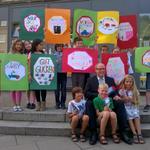 Augen auf im Straßenverkehr! Morgen ist Einschulung also besonders auf Kinder achten! #Schule #Hamburg http://t.co/dxXZSJk55Q