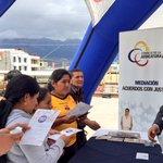 Ciudadanía de #AntonioAnte conoce las ventajas de la @MediacionCJ. Mañana estaremos en #Otavalo. #DíaDeLaMediación http://t.co/LNypfpHYWA