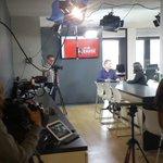 Et .@LP_LaPresse suis la candidate pour un reportage. Beaucoup de caméra sur le plateau .@AMIRegarde http://t.co/xpcAGHR3MD