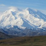 Republicans are criticizing Obamas decision to rename the tallest mountain in the U.S. http://t.co/Qc72TPMAex   AP http://t.co/LLJxonIV7l