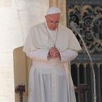 @Pontifex_es: La muerte de migrantes camino a Europa es un crimen que ofende a la humanidad►http://t.co/Ayorbkhwwx http://t.co/lWTZmj9kxp