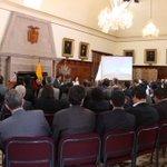 Reunión informativa con Cuerpo Diplomático acreditado en Ecuador se comunica situación actual #VolcánCotopaxi y ENOS http://t.co/Josi4x3bF3