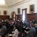 Embajadores expresan su compromiso de apoyar a Ecuador desde sus países para atender la situación #VolcánCotopaxi. http://t.co/qLl9u2UoDu