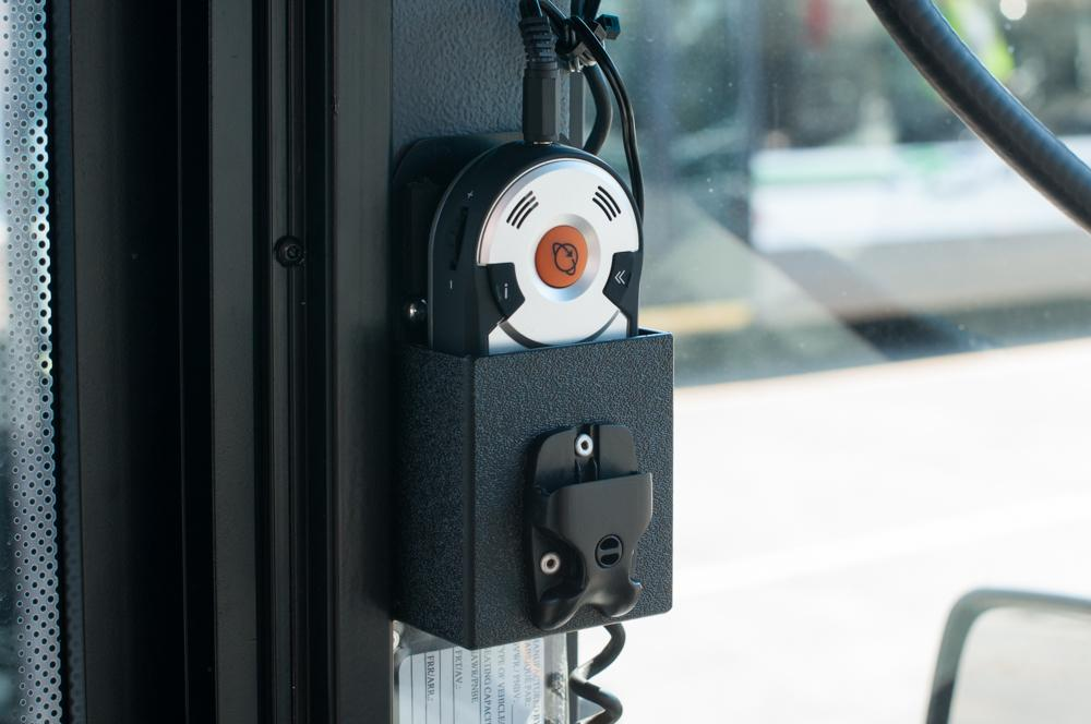 This is the new Trekker Breeze+ by @HumanWare. It's being installed on #yyj buses. Learn more: http://t.co/U4Fw02s3qQ http://t.co/hg1y1i7hT5