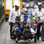 #Mumbai #dabbawalas to also deliver food their wives cook http://t.co/UvaDPLfZgZ @htTweets @apoorva_dutt http://t.co/KYaYEljmxP