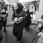Freude am Westbahnhof #refugeeswelcome http://t.co/QmiLzTj3eO