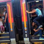 Cientos de migrantes llegaron a Viena en tren ⇨http://t.co/UIRK4McqiG http://t.co/GBxLEYGH6P