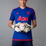 Best of luck to Anders Lindegaard, who has completed a move to West Brom. He played 29 times for #mufc. http://t.co/wC6wAierZ7