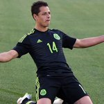 """إنتقل المكسيكي خافيير هيرنانديز """"تشيتشاريتو"""" من مانشستر يونايتد إلى باير ليفركوزن بعقد 3 أعوام http://t.co/M9R0TMnrWL http://t.co/sVZdRvtLvs"""