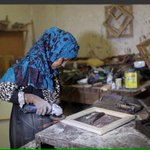 A Palestinian woman challenges siege working in carpentry to help her family surviving, RESPECT! http://t.co/XrS6lA2wbX