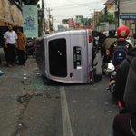 #LAKA 08:02 @brigittapud: Kecelakaan tadi pagi di Jl. Seturan depan persis BMD jalan macet berat http://t.co/p74JHmvw7h