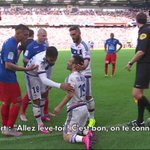 .@AndyDelort9 à Mathieu #Valbuena #VersionOriginale #Jplus1 http://t.co/2Ed9dxQgWw