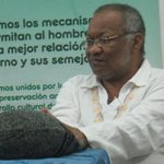 Se nos fue Luis Mizar, un verdadero poeta. El grito de un columnista >>> http://t.co/GQgqi9LzAG #Poesia #Valledupar http://t.co/6vJ0W4Cq9Q