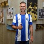 Bem-vindo, @Miguel_layun! / ¡Bienvenido, @Miguel_layun! / Welcome, @Miguel_layun! #FCPorto #SomosPorto http://t.co/2DCO0mPWJd