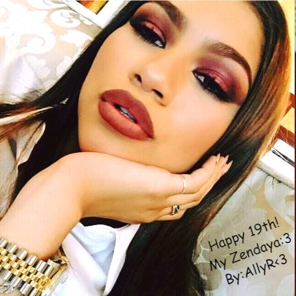 Happy birthday to my idol LOve u looot u r my all ! Now you have 19th  God bless u all the time!