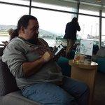 @krag with @CraigH4th at Wellington Koru lounge http://t.co/2NvZ18CdfR